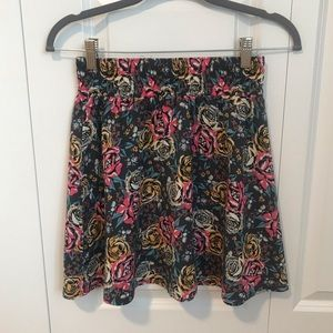 Frenchi Rose Patterned Skirt